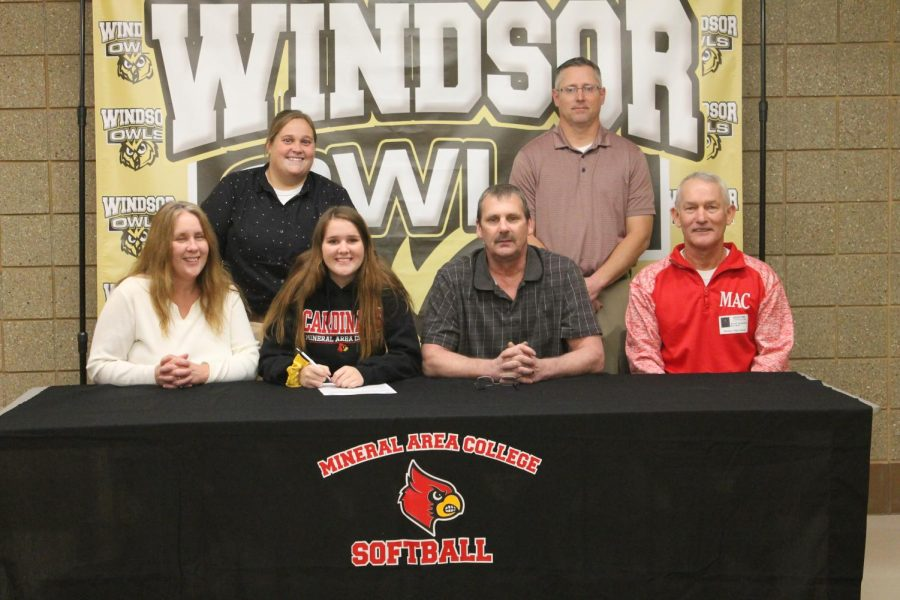 Softball Signing: Jaden Treis Signs With Mineral Area College