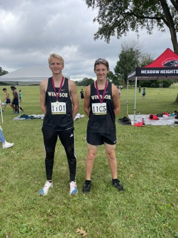 Bradley Ahrens and Nick Daughtery both medaled at the Bismarck Imitational.